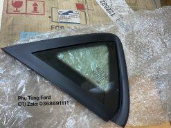 DK5163950A/ 8A69A29751CA Kính tam giác trên hông Fiesta