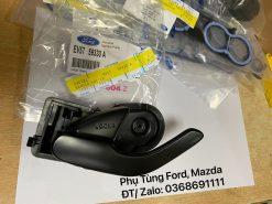 EV5759330 – A – EV5758330 – Tay mở cửa trong Ford Escape (màu đen)