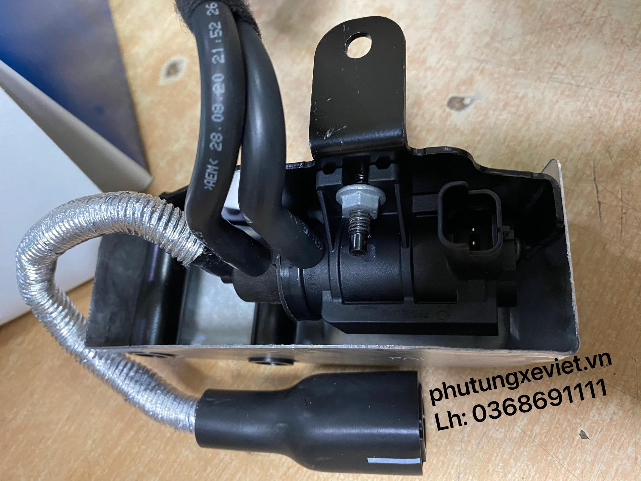 Van chân không Ford Ranger 2.2 / BB3Q-9S468-FC / FB3Q-9S468-AB3
